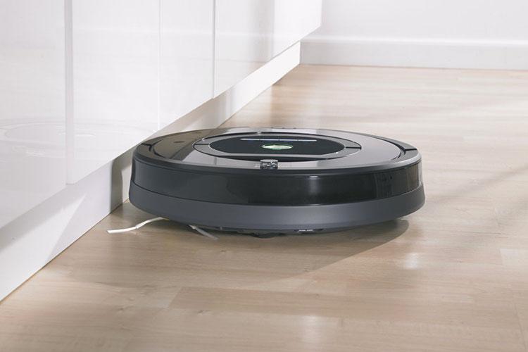 les avantages et les inconv nients d 39 utiliser un aspirateur robot actu et news du web. Black Bedroom Furniture Sets. Home Design Ideas